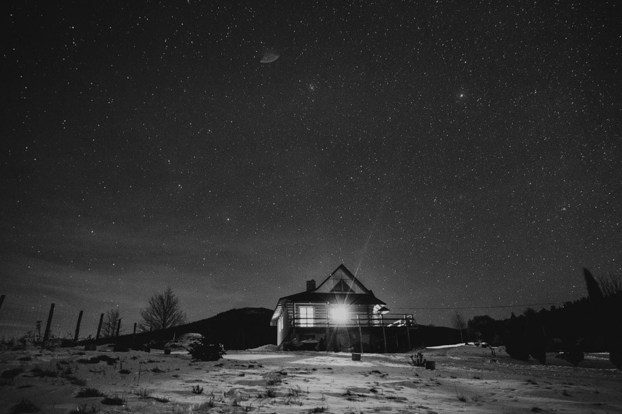 mountains cabin and stars