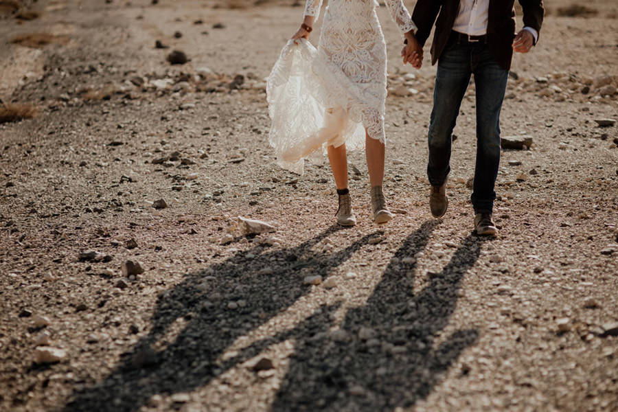 Joanna-Jaskolska-Photography-Wedding-Photographer-Fuerteventura-mountains-walking