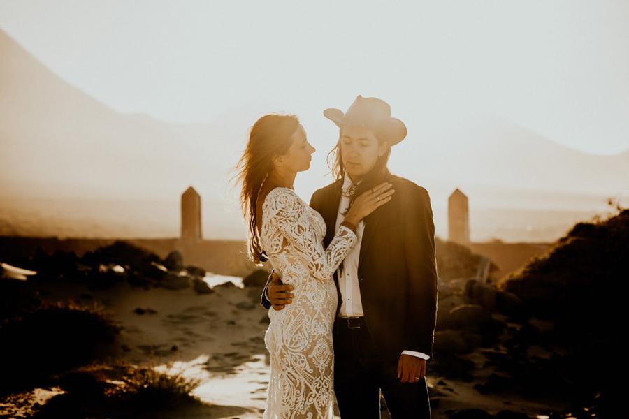Joanna-Jaskolska-Photography-Wedding-Photographer-Fuerteventura-mountains-sunset