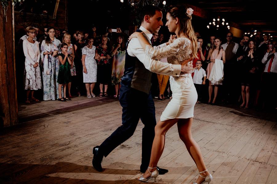 Pierwszy Taniec Wesele Majątek Howieny